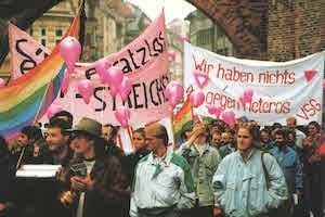 Kundgebung auf der lesbisch-schwulen Kulturwoche VioRosa 1989 in München